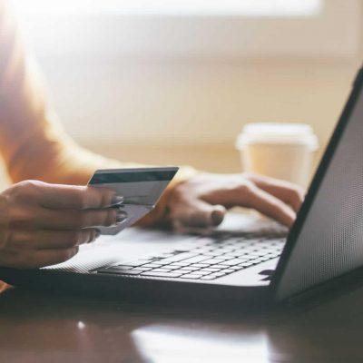 laptop ecommerce in new economy